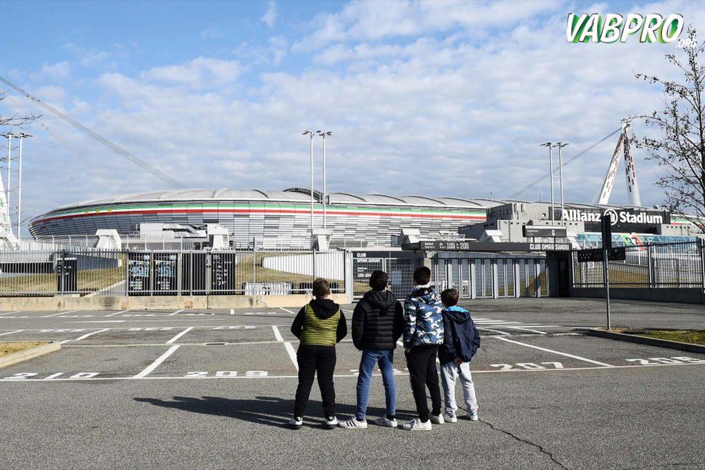 ยังไม่แน่ว่าฟุตบอล กัลโช่เซเรียอาอิตาลี มีใครแสดงอาการ เพิ่มขึ้นอีกหรือไม่ - Vabpro.org